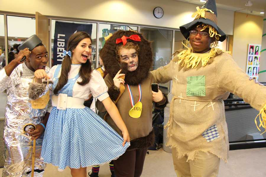 The Tin Man, Dorothy, the Lion, and the Scarecrow all seem excited for Pair Day!