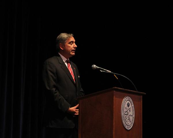 USC President Visits Campus