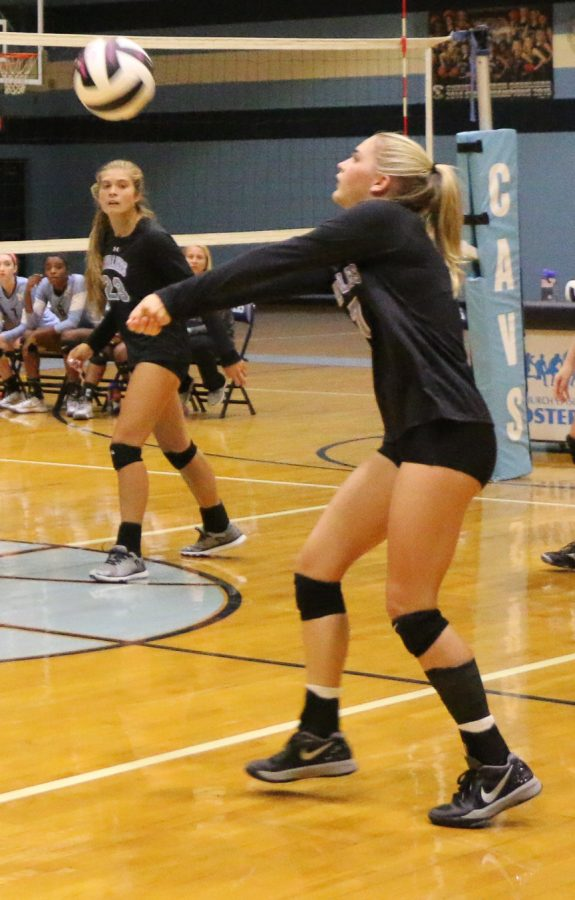 The CCES volleyball team lost to JL Mann on September 1 (Reece Wright/Staff Photo).