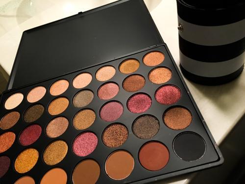 eyeshadow (1 of 1)