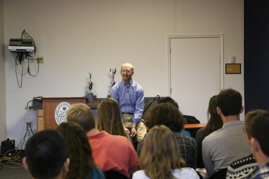 Clemson+Professor+Speaks+to+Students+about+College+Classes